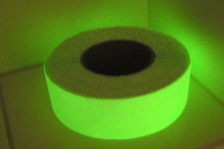 Taśmy antypoślizgowe fotoluminescencyjne